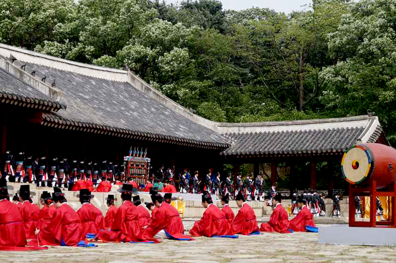 Jongmyo Shrine / Secret Garden / Unhyeongung Palace Tour